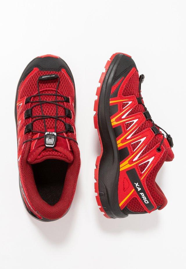 XA PRO 3D - Hiking shoes - red dahlia/barbados cherry/spectra yellow
