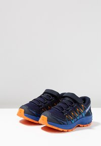 Salomon - XA PRO 3D - Hiking shoes - medieval blue/mazarine blue/tangelo - 3