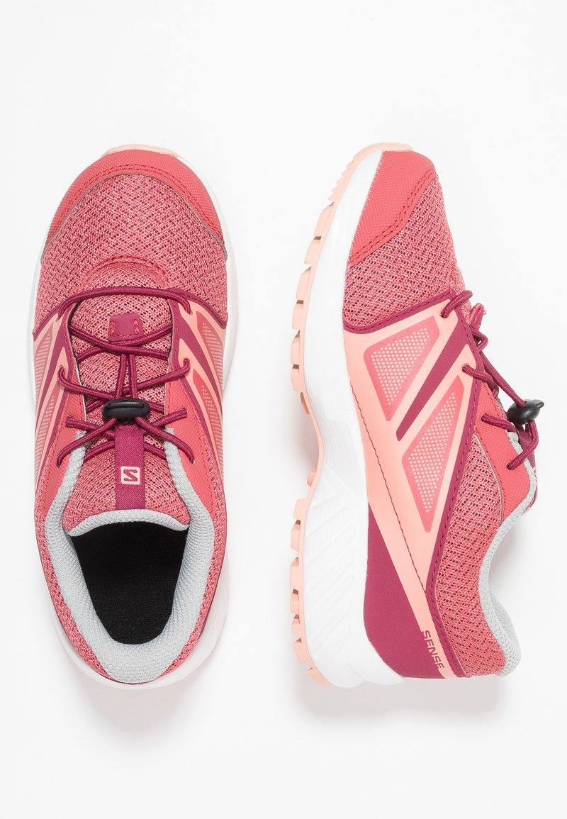 Salomon - SENSE - Outdoorschoenen - garnet rose/beet red/coral almond