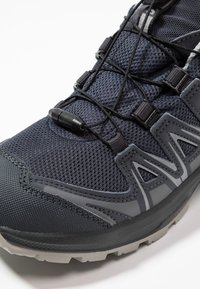 Salomon - XA PRO 3D CSWP NOCTURNE - Outdoorschoenen - ebony/alloy/quiet shade - 2