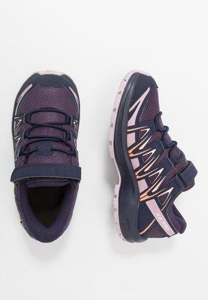 XA PRO 3D CSWP - Zapatillas de senderismo - sweet grape/evening blue/mauve shad