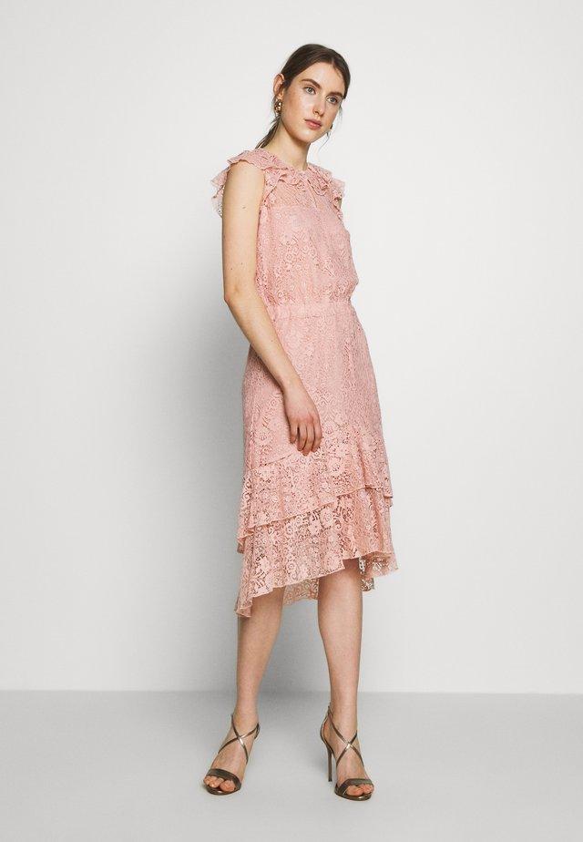 NIVI - Cocktailklänning - pale pink