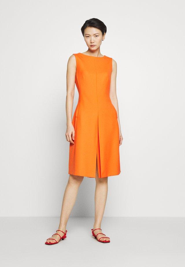 JADEN - Vestido informal - orange
