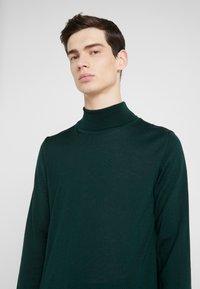 Sand Copenhagen - Sweter - dark green - 4