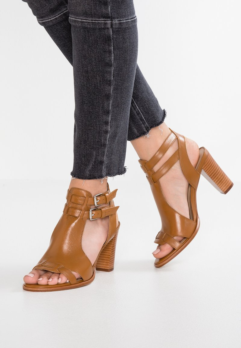 San Marina - VIBOLA - High Heel Sandalette - camel