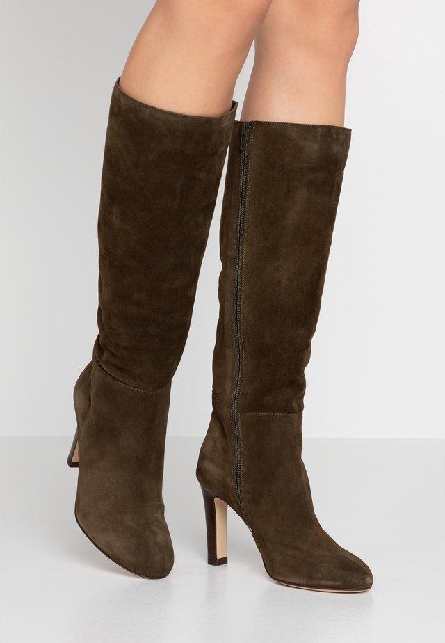 AGUELI - Laarzen met hoge hak - kaki