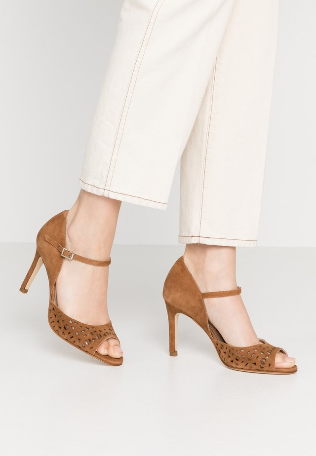 ARLUA - High heeled sandals - caramel