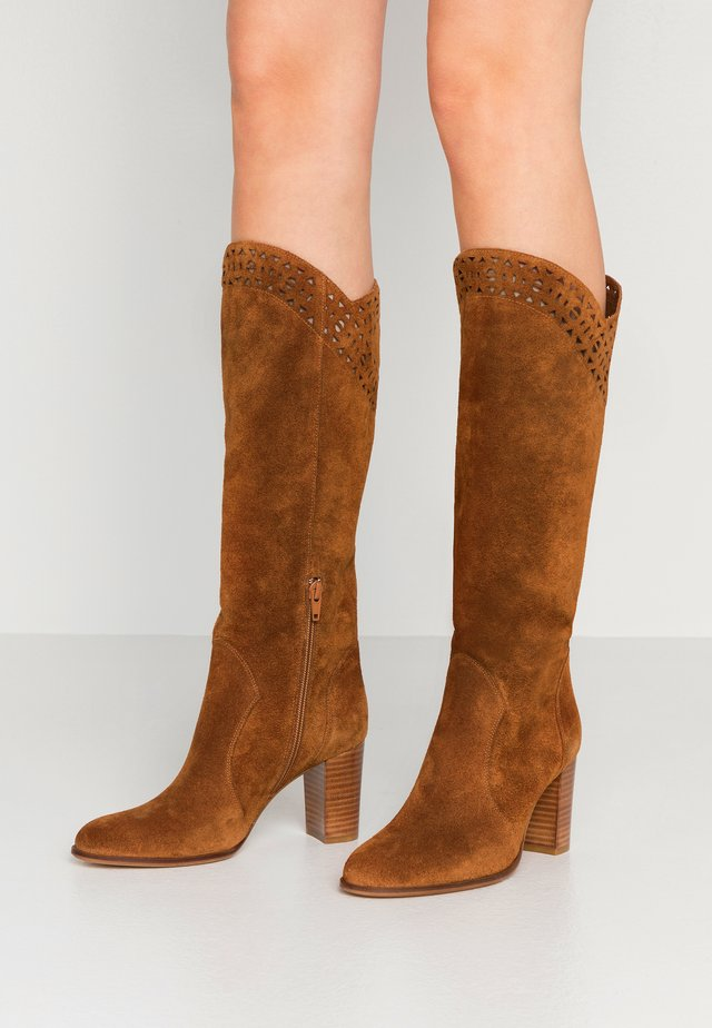 ANGALITA - Boots - camel