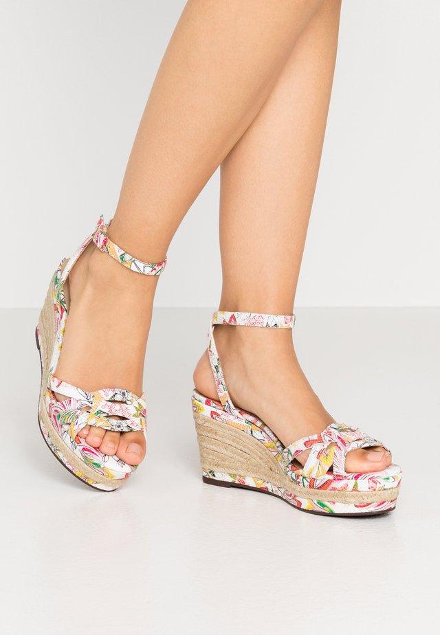 NAFIA EDEN - Sandales à talons hauts - blanc/multicolor