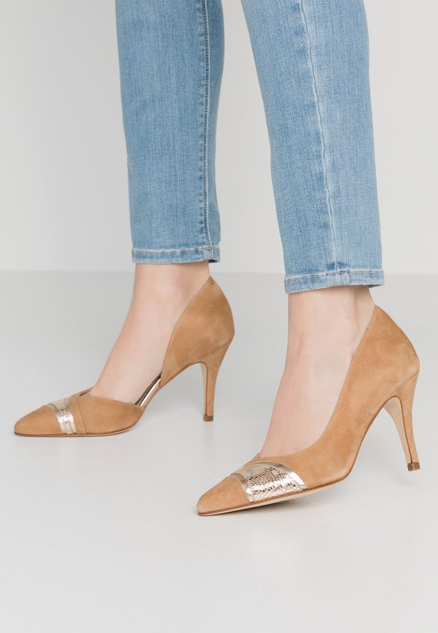 ANCHETI - Pumps - camel/or