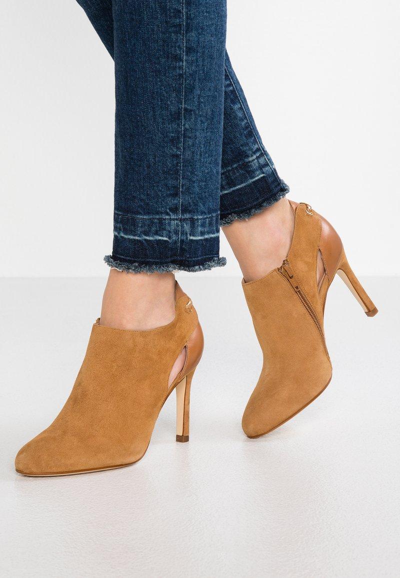 San Marina - ARGALI - High heeled ankle boots - camel