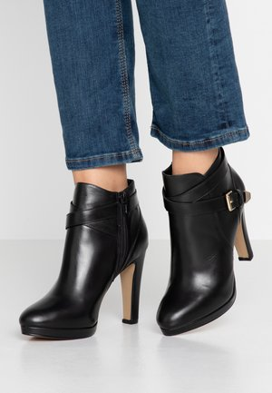 VILEFO - Kotníková obuv na vysokém podpatku - black