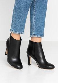 San Marina - AGNELA - High Heel Stiefelette - black - 0