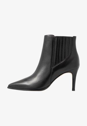 NILENA - Boots à talons - black