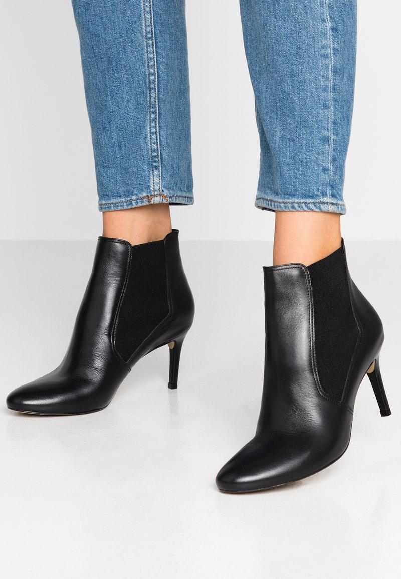 San Marina - NABE - Kotníková obuv - black