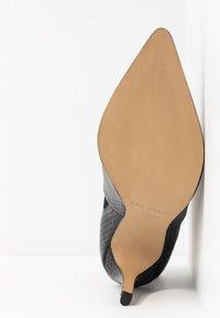 San Marina - VOTEFI - High heeled ankle boots - noir - 6