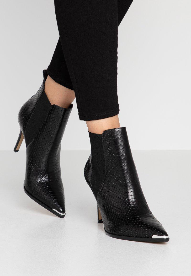 San Marina - VOTEFI - High heeled ankle boots - noir