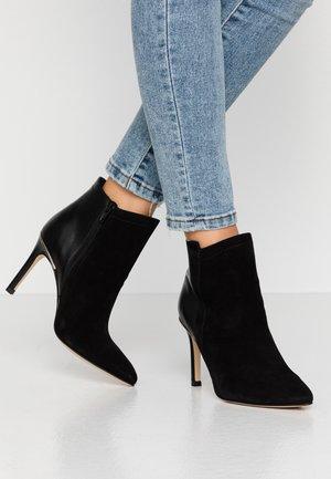 ALEPAL - Kotníková obuv na vysokém podpatku - black