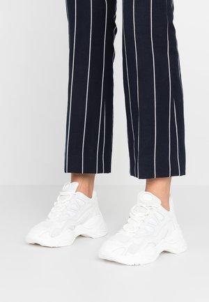 ASTRO - Sneakers - blanc