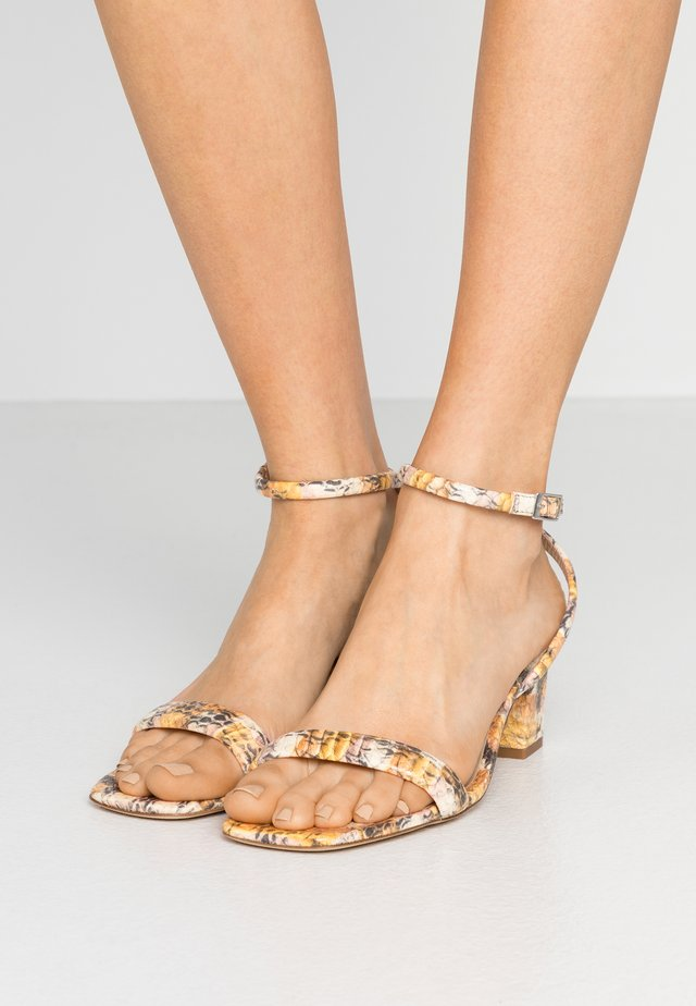 Sandals - multicolore