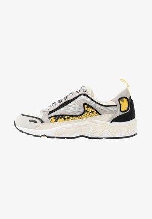 FLAME - Baskets basses - python jaune