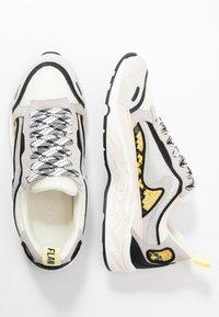 sandro - FLAME - Sneakers - python jaune - 3
