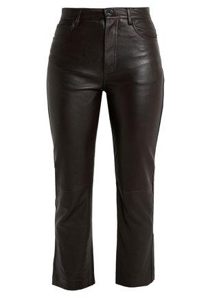 LEATH - Spodnie skórzane - brown