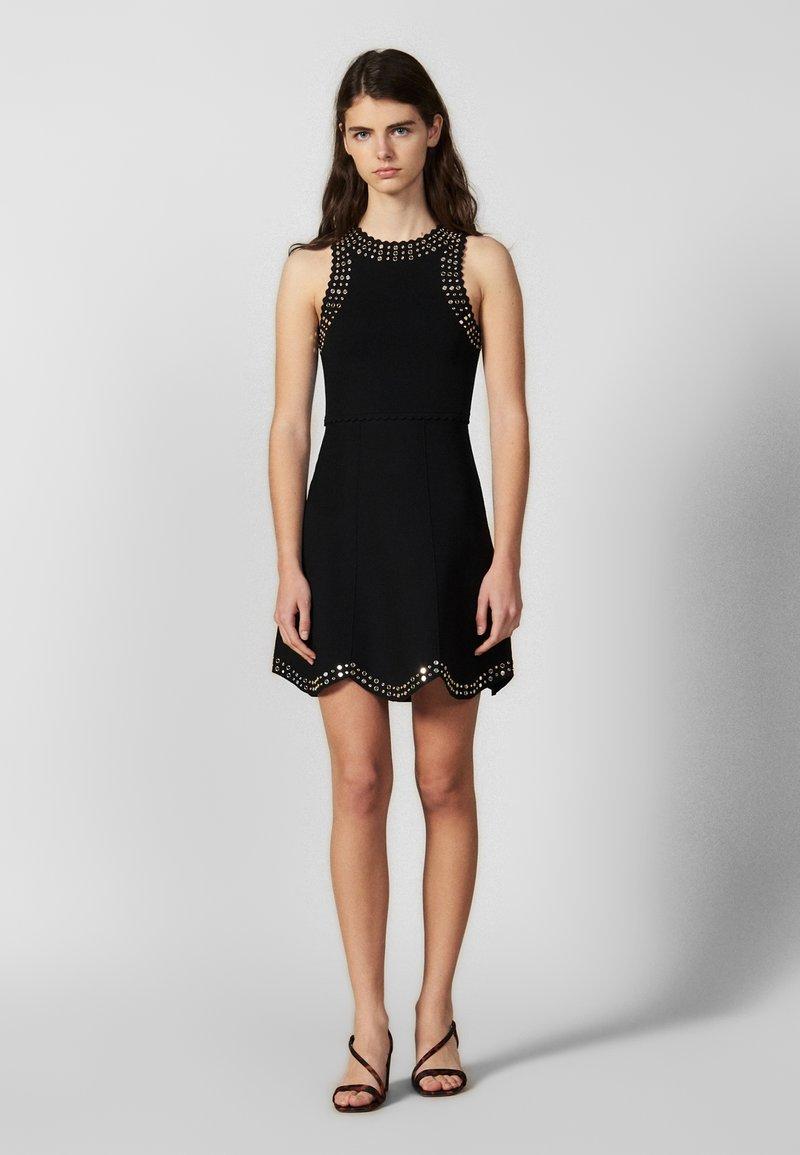 sandro - JENN - Strikket kjole - black