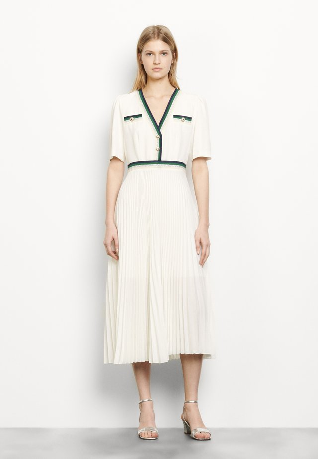 Długa sukienka - ecru