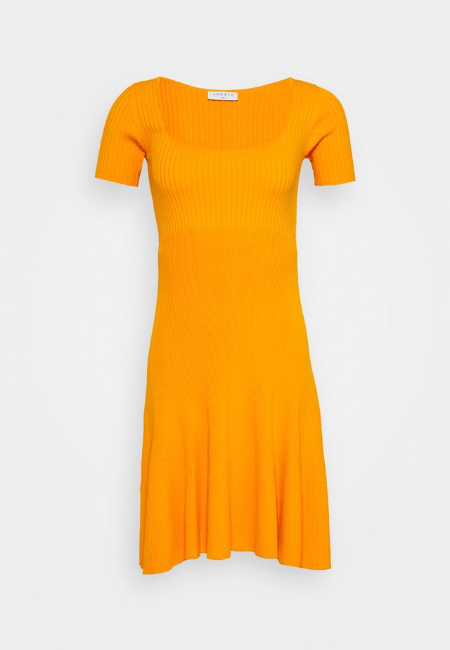 Strickkleid - orange