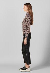 sandro - FIDELA - Long sleeved top - black - 1