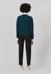 sandro - Stickad tröja - green - 2