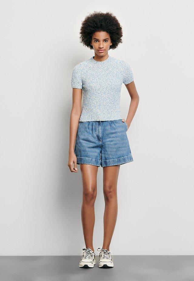 GINNA - T-shirts - ciel