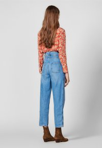 sandro - PEARLINE - Relaxed fit jeans - blue - 2