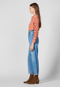 sandro - PEARLINE - Relaxed fit jeans - blue - 1