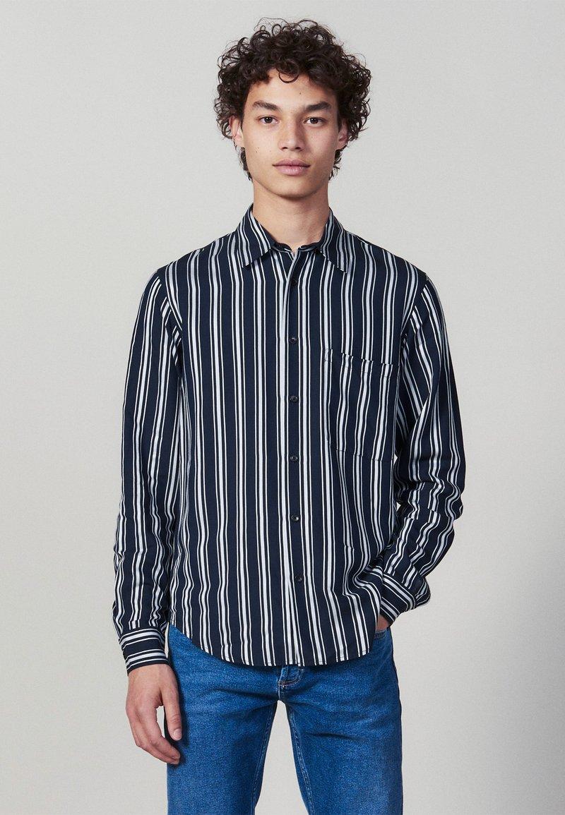 sandro - FLOW - Shirt - navy blue