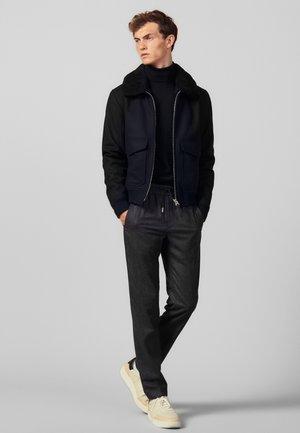 NEW ALPHA - Spodnie materiałowe - mocked grey