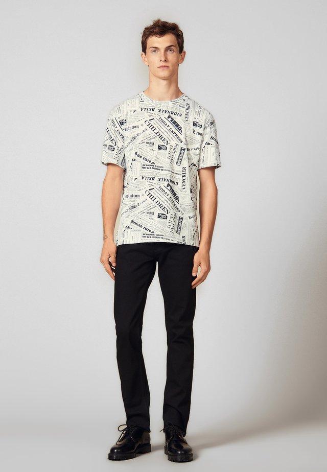 NEWSPAPER - T-shirt print - white/black