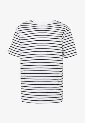 BOAT TEE - Print T-shirt - ecru/marine