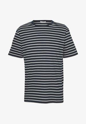 BOAT TEE - T-shirt print - marine/ecru