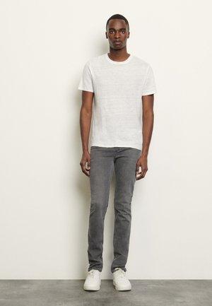 CLASH TEE - T-shirts basic - blanc