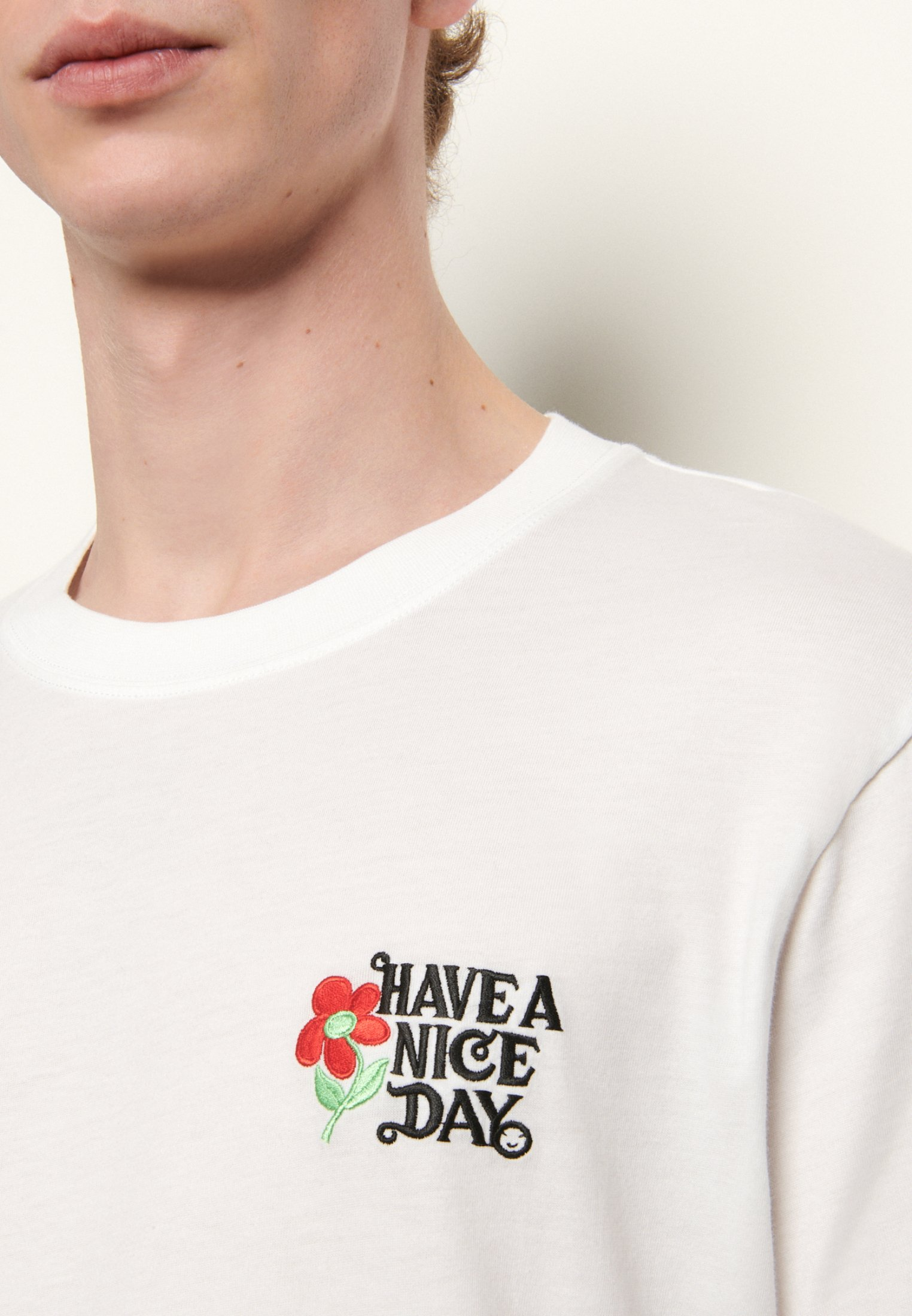 sandro BRODERIE HAVE A NICE DAY TEE T shirt print blanc