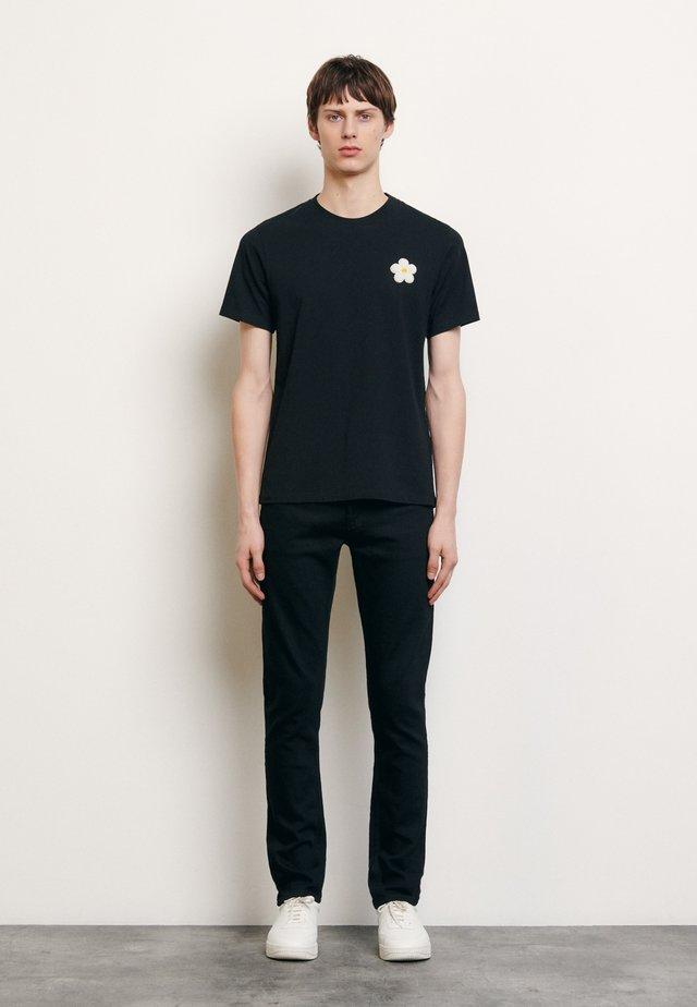 DAISY TEE - Print T-shirt - noir