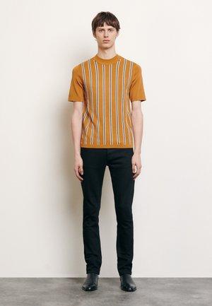 SIMON - T-shirts print - camel