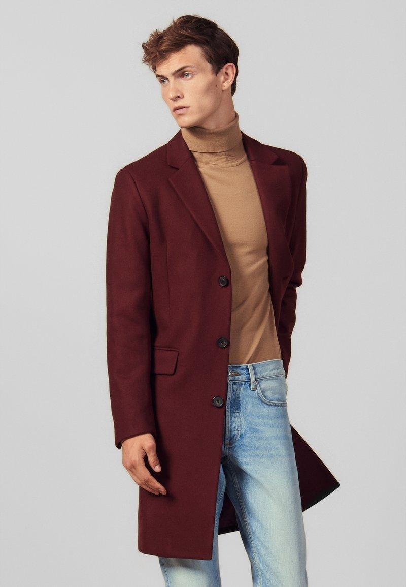 sandro - Classic coat - burgundy