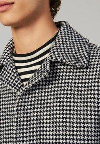 sandro - Płaszcz wełniany /Płaszcz klasyczny - black/white - 4