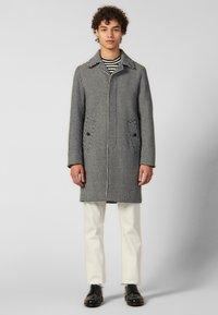 sandro - Płaszcz wełniany /Płaszcz klasyczny - black/white - 0
