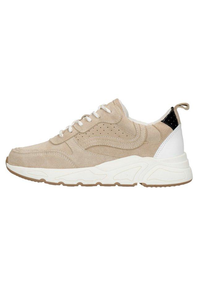 BEIGEFARBENE VELOURSLEDER-SNEAKER - Sneakers laag - beige