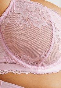 SAVAGE X FENTY - PLUS BRA FLORAL - Sujetador con aros - pink lavender - 4