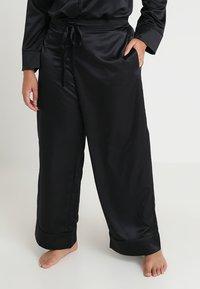 SAVAGE X FENTY - PLUS PAJAMA BOTTOM - Pyjamahousut/-shortsit - black - 0